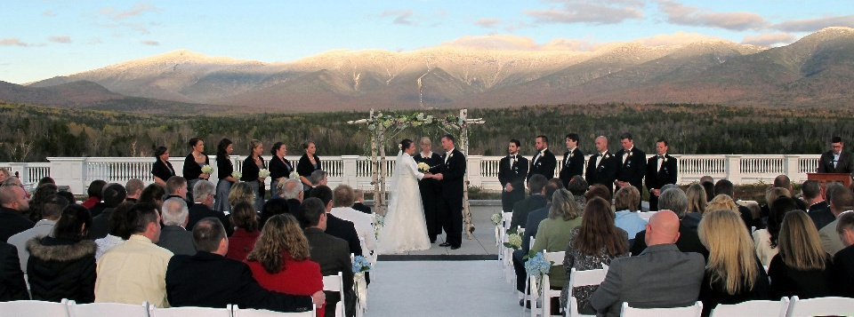 Rooftop wedding at the Omni Mount Washington Hotel with officiant Jeanne Pounder, Justice of the Peace