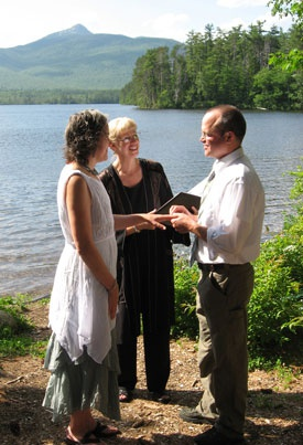 New Hampshire outdoor summer wedding at Chocorua Lake with officiant Jeanne Pounder, NH Justice of the Peace